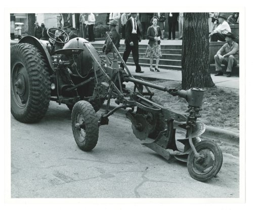 Farm implement show, El Dorado, Kansas - Page