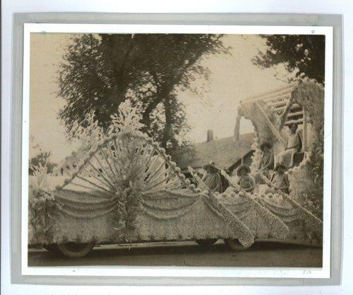Five women in a Kaffir Corn Carnival float, El Dorado, Butler County, Kansas - Page