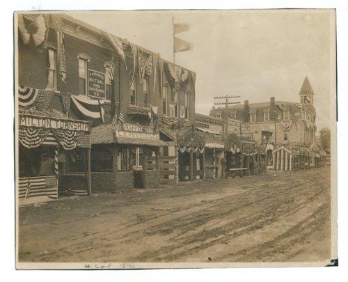 Kaffir Corn Carnival booths on East Central Avenue, El Dorado, Butler County, Kansas - Page