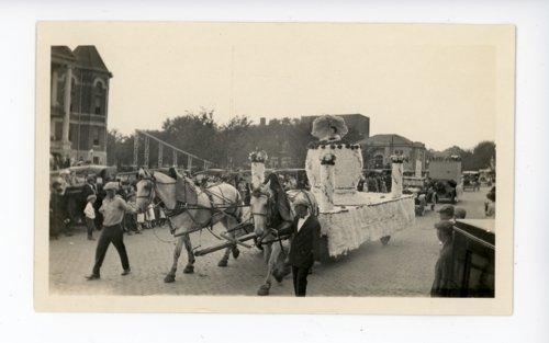 Augusta float, Kaffir Corn Carnival, El Dorado, Butler County, Kansas - Page