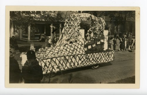 Children's float, Kaffir Corn Carnival Parade, El Dorado, Butler County, Kansas - Page