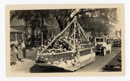 Skelly Oil Float, Kaffir Corn Carnival Parade, El Dorado, Kansas - Page