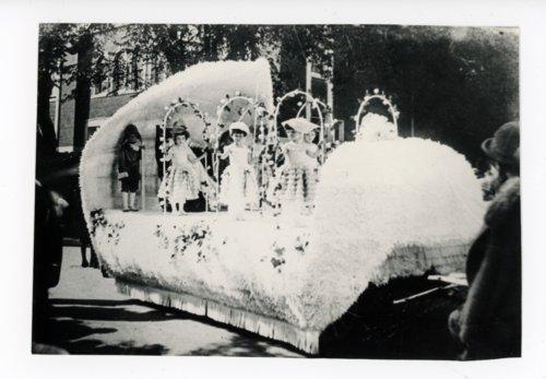 Baby Kaffir Queen Float, Kaffir Corn Carnival Parade, El Dorado, Kansas - Page