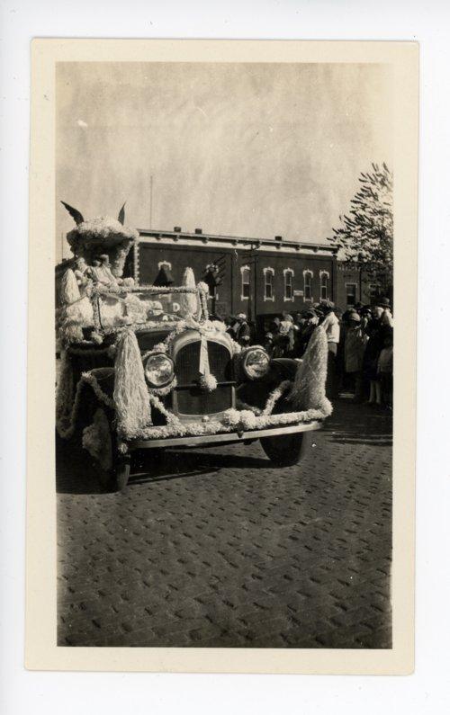 Automobile Float, Kaffir Corn Carnival Parade, El Dorado, Kansas - Page