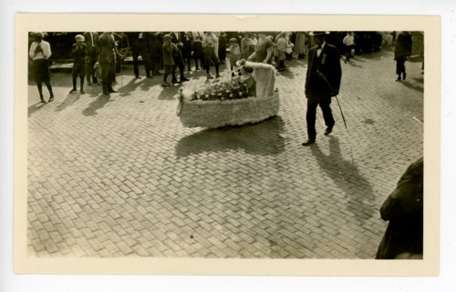 Miniature float, Kaffir Corn Carnival Parade, El Dorado, Butler County, Kansas - Page