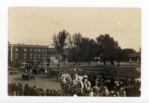 Kaffir Corn Carnival Parade on West Central Avenue, El Dorado, Butler County, Kansas - Page