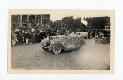 Midian schools float, Kaffir Corn Carnival Parade, El Dorado, Butler County, Kansas - Page