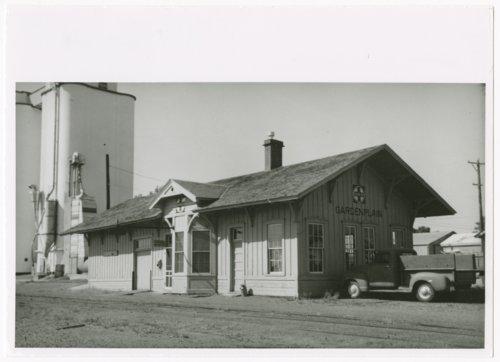 Atchison, Topeka & Santa Fe Railway Company depot, Garden Plain, Kansas - Page