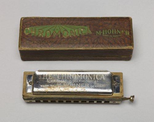 Harmonica - Page