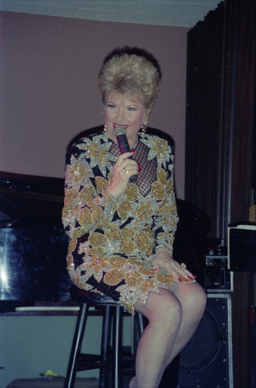 Marilyn Maye onstage at a Topeka Jazz Workshop concert - Page