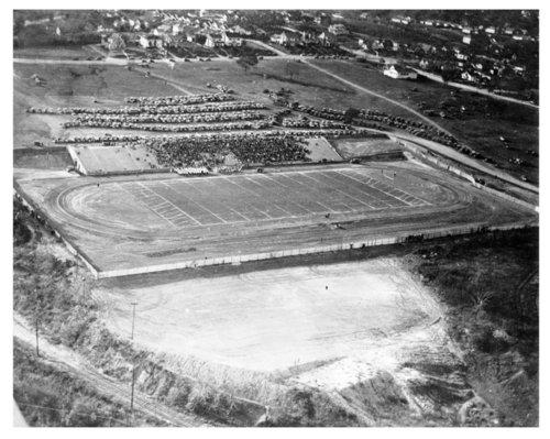 First football game on Wyandotte Field in Kansas City, Kansas - Page