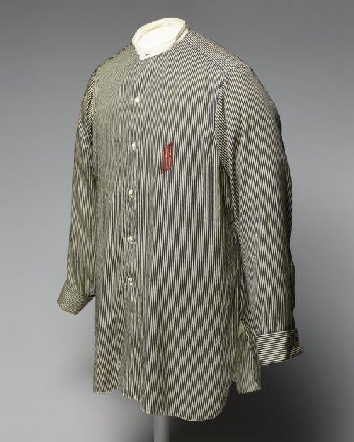 Man's shirt - Page