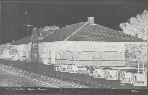 Missouri Pacific Railroad depot, Garnett, Kansas - Page