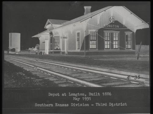 Atchison, Topeka & Santa Fe Railway Company depot, Longton, Kansas - Page