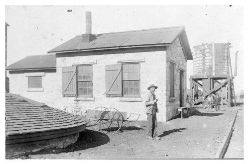 Atchison, Topeka & Santa Fe Railway Company water tower, Sedgwick, Kansas - Page