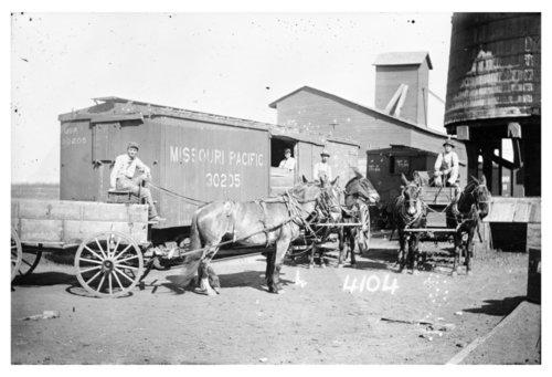 Missouri Pacific Railroad boxcar, Mount Hope, Kansas - Page