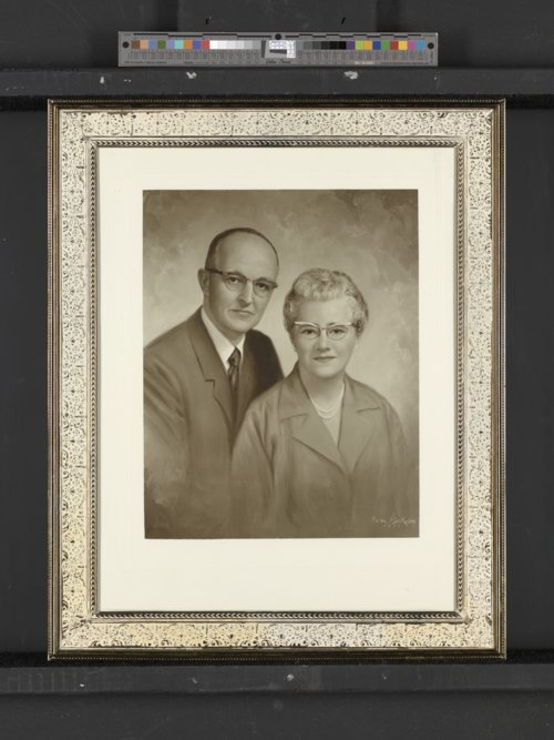 Mark L., Sr. and Louise M. Morris - Page