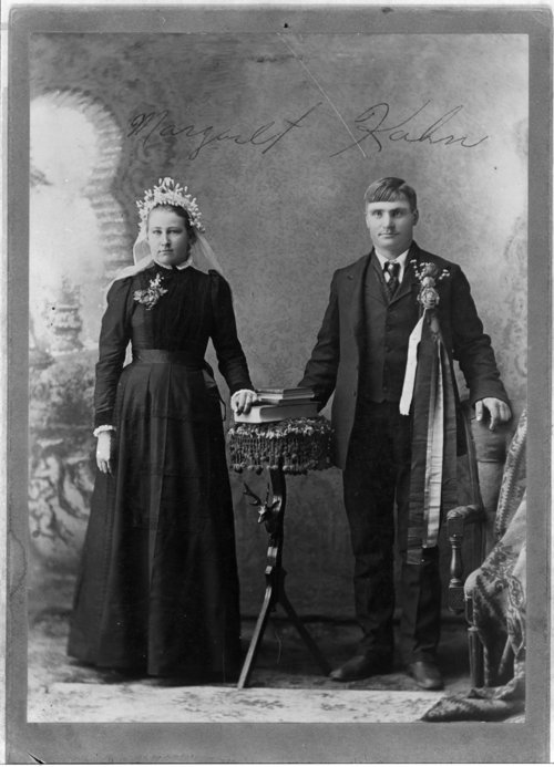 Volga German wedding portraits - Page