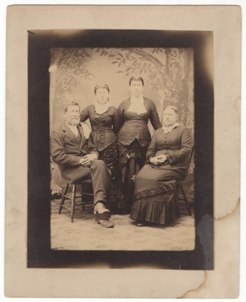 Browning family portrait - Page