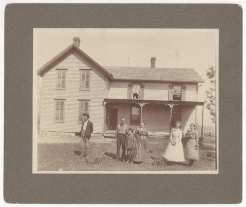 Uncle Frank Davis house photograph - Page