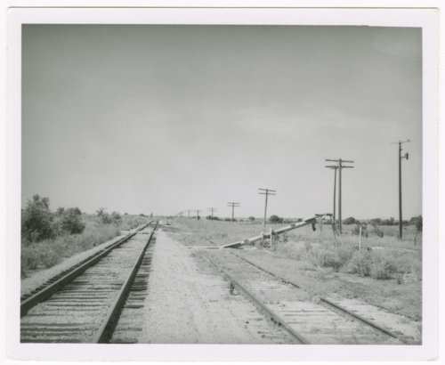 Missouri- Kansas-Texas Railroad siding, Ronald, Kansas - Page
