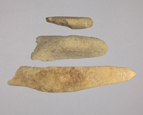 Bone Spatulas from El Cuartelejo - Page