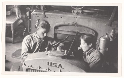 Vocational classes, Haskell Institute - Page