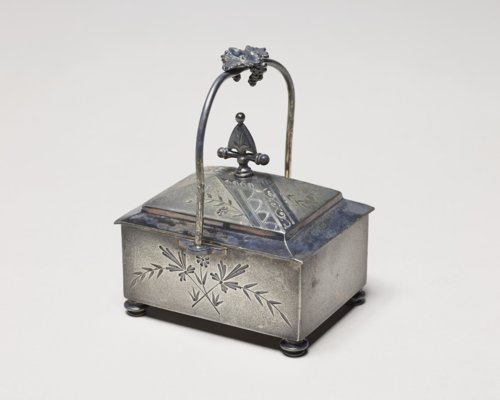 Trinket box - Page