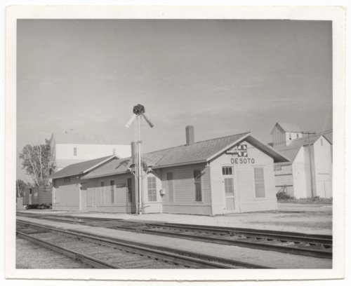 Atchison, Topeka and Santa Fe Railway Company depot, De Soto, Kansas - Page