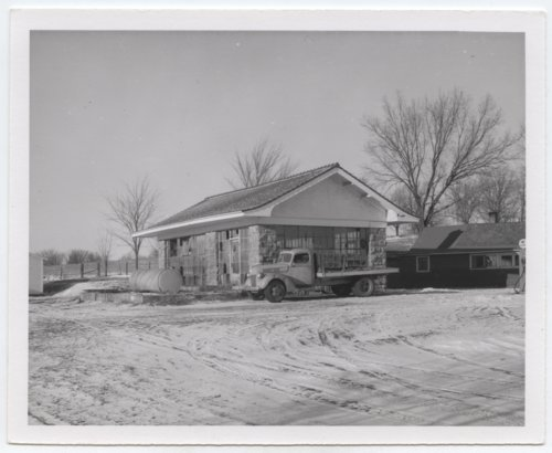 Kansas City, Kaw Valley depot, Kent, Kansas - Page
