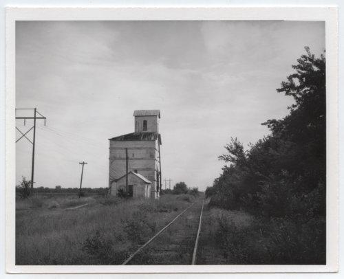 Midland Valley Railroad shed depot, Palestine, Kansas - Page