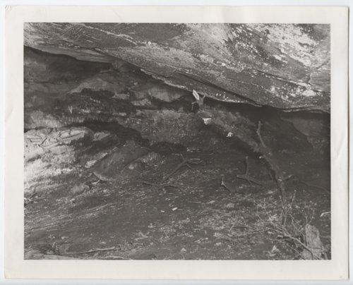 Scenes of the Dry Creek Cave, Woodson County, Kansas - Page