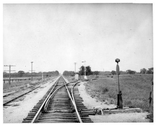 Atchison, Topeka and Santa Fe Railway Company's BN Jct box depot, Burlington, Kansas - Page