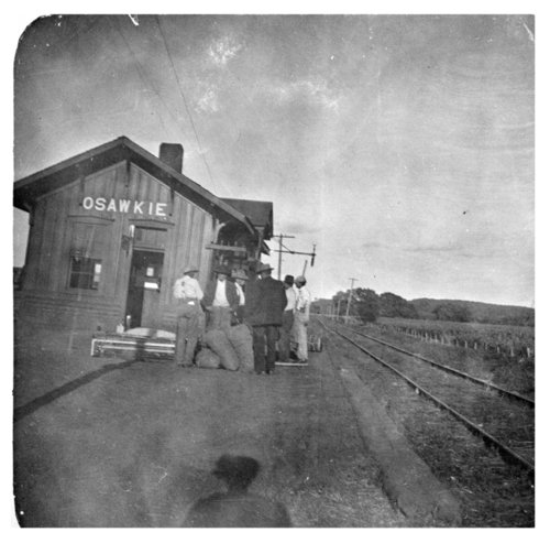 Depot in Osawkie, Kansas - Page
