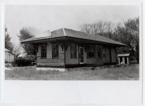 Atchison, Topeka & Santa Fe Railway Company depot, Milton, Kansas - Page
