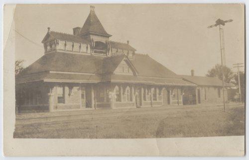 Railroad depot Kinsley, Kansas - Page