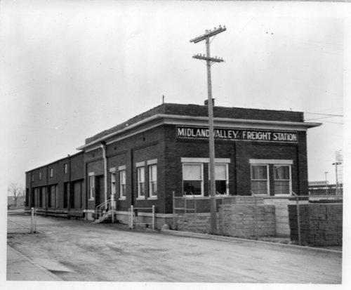 Midland Valley Railroad freight depot, Wichita, Kansas - Page