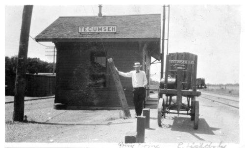 Atchison, Topeka & Santa Fe Railway Company depot, Tecumseh, Kansas - Page