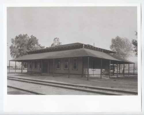 Atchison, Topeka and Santa Fe Railway Company depot and Fred Harvey House, Bagdad, California - Page