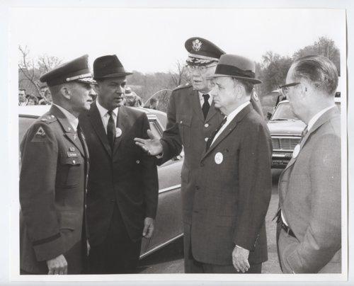 Battle of Mine Creek centennail ceremony, Linn County, Kansas - Page