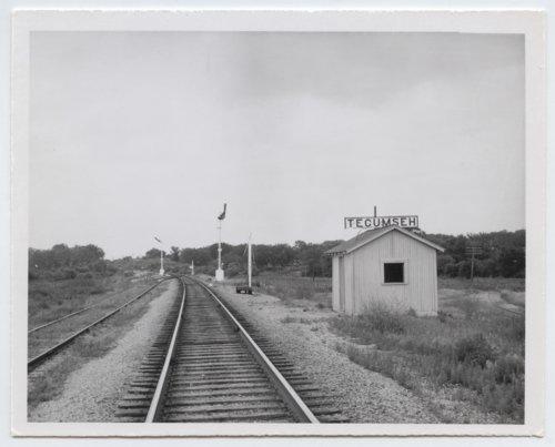 Atchison, Topeka and Santa Fe Railway Company box depot, Tecumseh, Kansas - Page