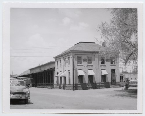 Chicago, Rock Island and Pacific Railroad freight house, Topeka, Kansas - Page