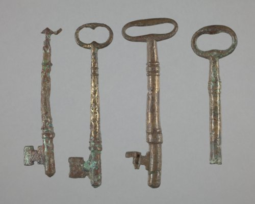 Keys from Fort Hays, 14EL301 - Page