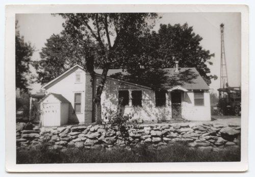 Chicken Annie's Original restaurant, Frontenac, Kansas - Page