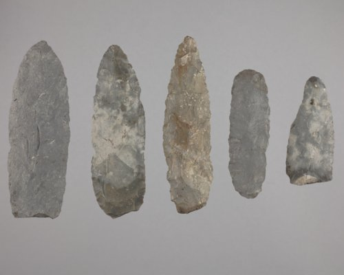 Knives from the Wullscheleger Site, 14MH301 - Page