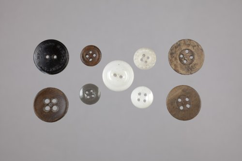 Buttons from the Pottawatomi Mission, 14SH325 - Page
