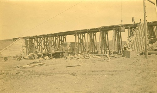 Railroad bridge construction, Abo Canyon, New Mexico - Page