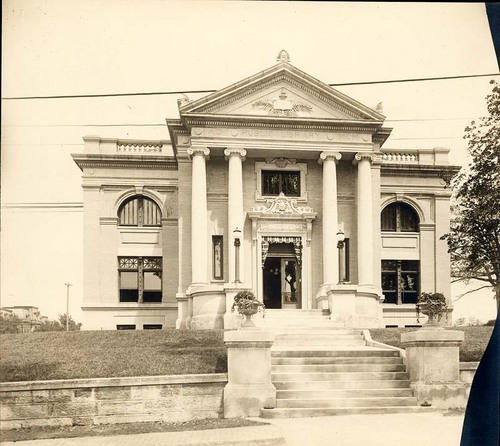 Leavenworth Public Library, Leavenworth, Kansas - Page