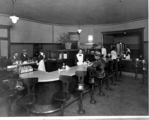 Atchison, Topeka & Santa Fe Railway Company's Fred Harvey lunchroom, Emporia, Kansas - Page