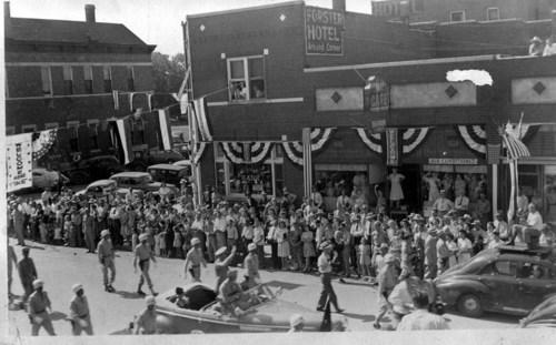 Parade for Dwight David Eisenhower, Abilene, Kansas - Page
